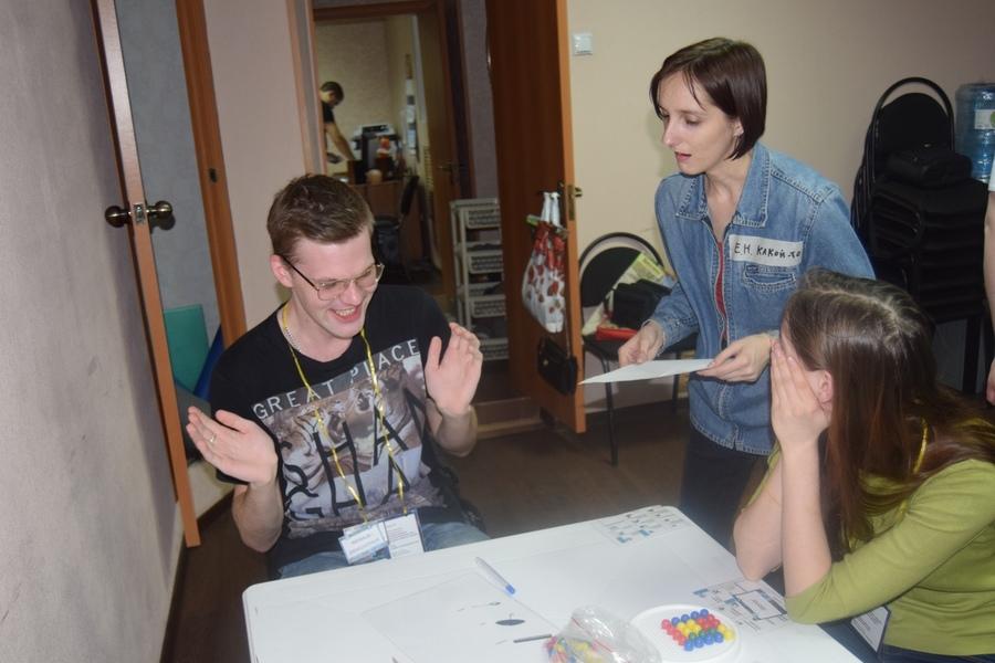 Обучение волонтеров игре «Экипаж»
